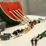 田中達也のMINIATURE LIFE展で見立ての世界を体感しよう